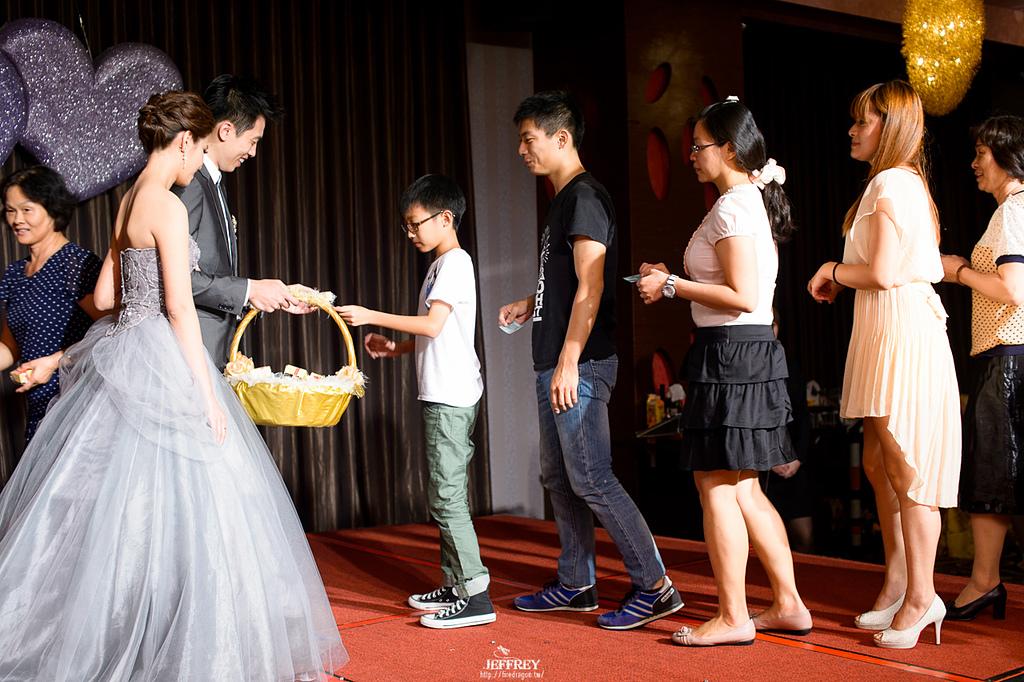 [婚禮記錄] 20130915 - ASKA & NIKKI 新竹彭園 [新竹婚攝]:JEF_8932.jpg