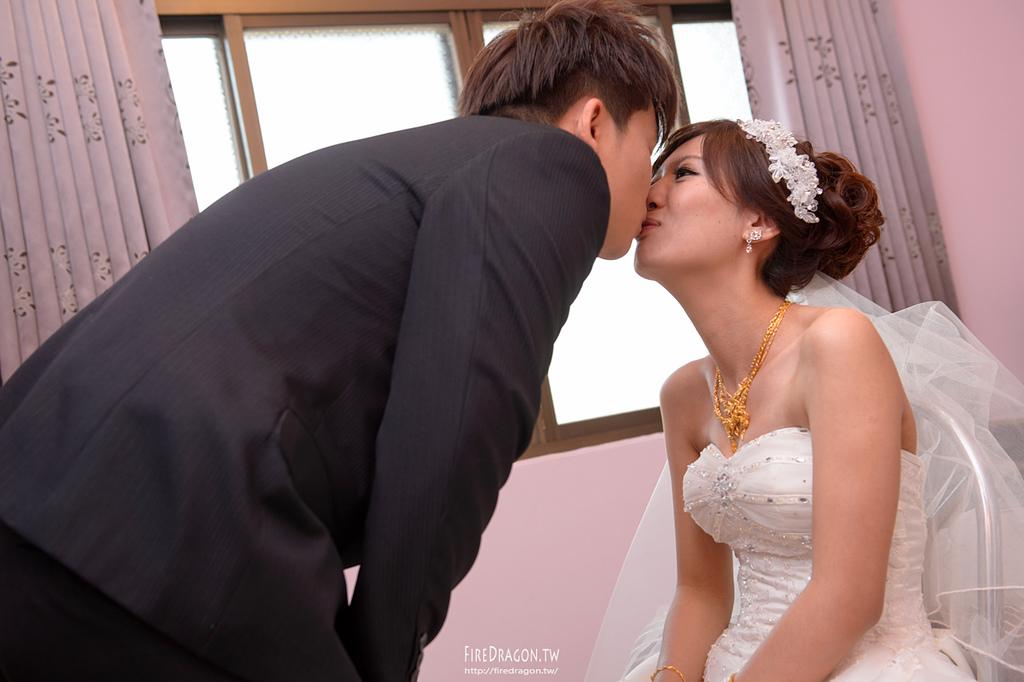 [婚禮紀錄] 20150105 - 孟儒 & 欣萍 自宅 [新竹婚攝]:20150105-368.jpg