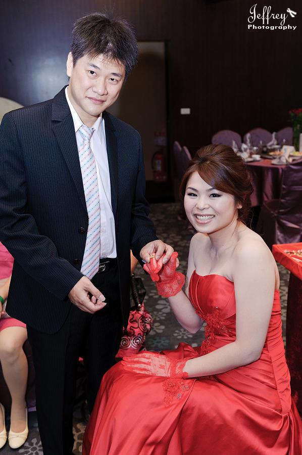 20111022 - 志豐 & 秀琦 文定 (上):JEF_3732.jpg