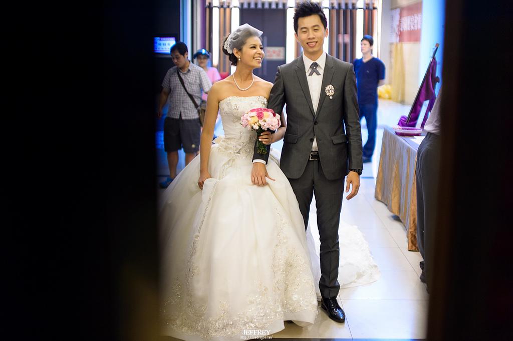 [婚禮記錄] 20130915 - ASKA & NIKKI 新竹彭園 [新竹婚攝]:JEF_0003.jpg