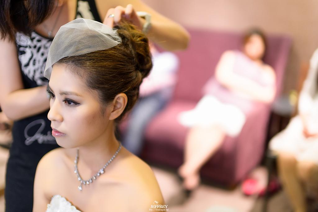 [婚禮記錄] 20130915 - ASKA & NIKKI 新竹彭園 [新竹婚攝]:JEF_8581-編輯.jpg