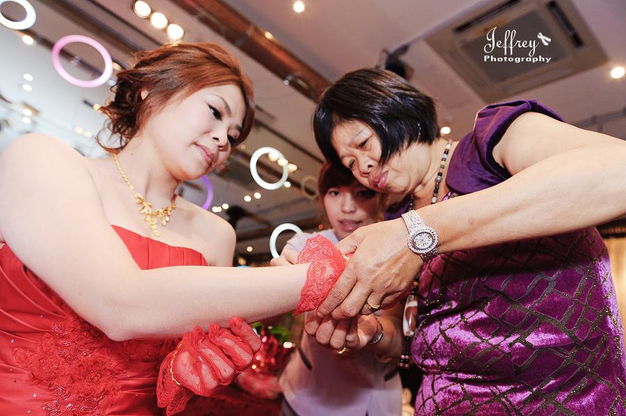 20111022 - 志豐 & 秀琦 文定 (上):JEF_3752.jpg