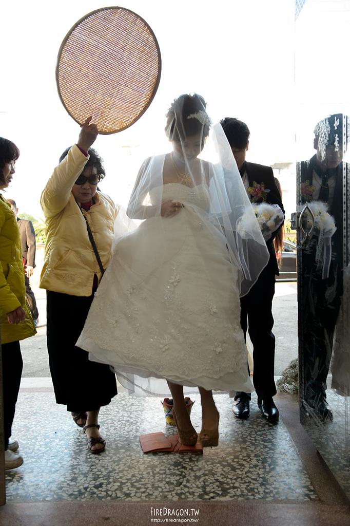 [婚禮紀錄] 20150105 - 孟儒 & 欣萍 自宅 [新竹婚攝]:20150105-341.jpg