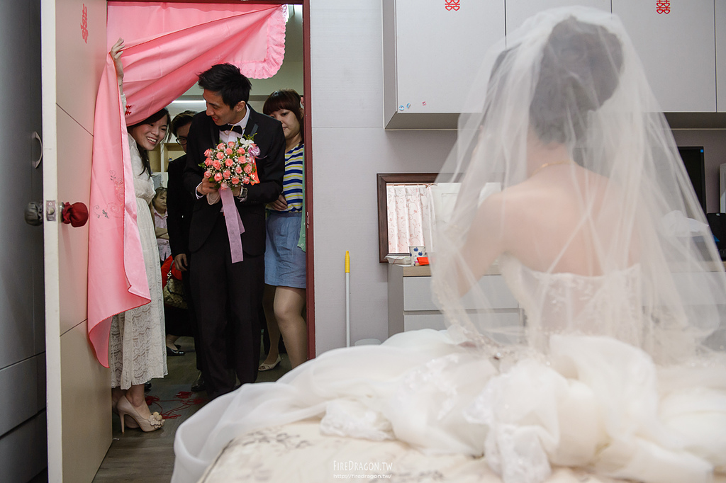 [婚禮紀錄] 20141017 - 景揮 & 淑萍 晶宴會館新莊館 [新竹婚攝]:20141017-0576.jpg