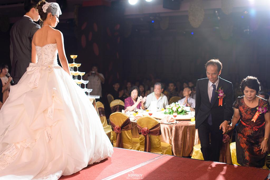 [婚禮記錄] 20130915 - ASKA & NIKKI 新竹彭園 [新竹婚攝]:JEF_8703.jpg
