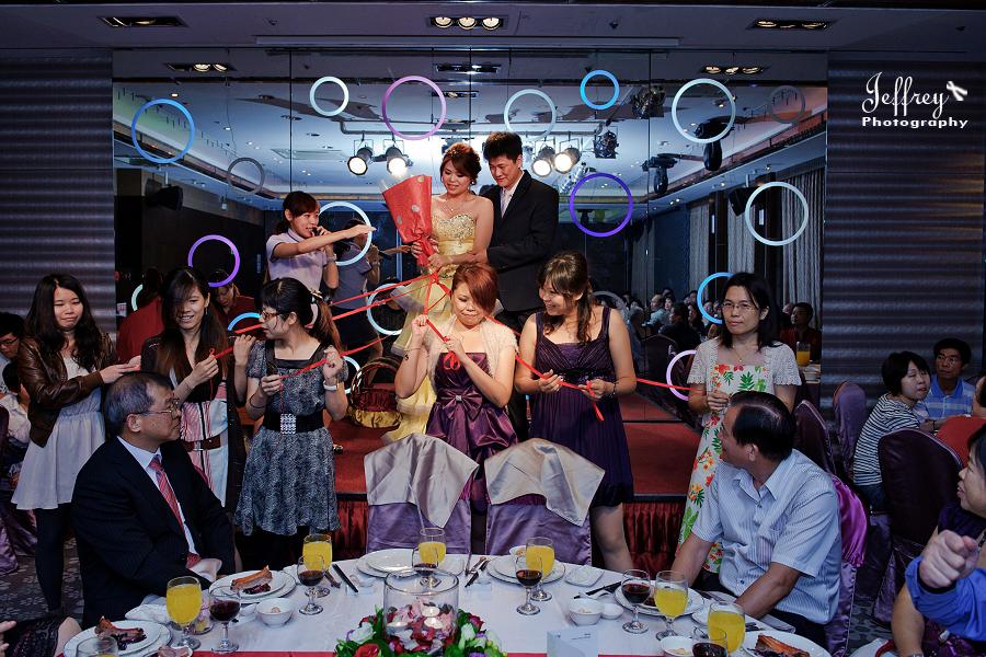 20111022 - 志豐 與 秀琦 文定 (下):JEF_4153 (1).jpg