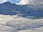 罕見的雪地創作 -11-3-2013:投影片17.JPG