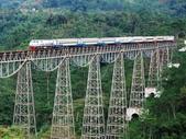 世界上11條最令人讚嘆的鐵路-10-2-2013:10-1-4.jpg