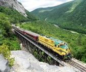 世界上11條最令人讚嘆的鐵路-10-2-2013:10-1-18.jpg