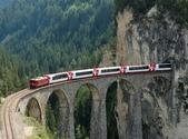 世界上11條最令人讚嘆的鐵路-10-2-2013:10-1-15.jpg