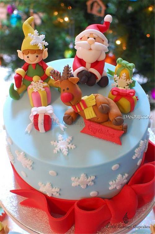 聖誕來了,漂亮的聖誕蛋糕...12-19-2014:12-19-6.jpg
