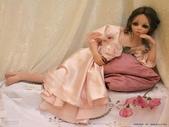 挪威藝會家創作的洋娃娃--令人驚艷-7-30-2013:投影片7.JPG