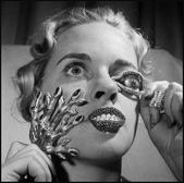 達利---超現實主義珠寶設計-12-24-2013:投影片4-1.jpg