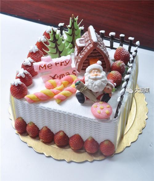 聖誕來了,漂亮的聖誕蛋糕...12-19-2014:12-19-21.jpg