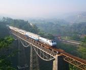 世界上11條最令人讚嘆的鐵路-10-2-2013:10-1-5.jpg
