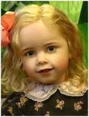 挪威藝會家創作的洋娃娃--令人驚艷-7-30-2013:投影片16-1.jpg