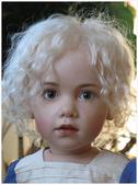挪威藝會家創作的洋娃娃--令人驚艷-7-30-2013:投影片18-1.jpg
