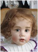 挪威藝會家創作的洋娃娃--令人驚艷-7-30-2013:投影片22-1.jpg