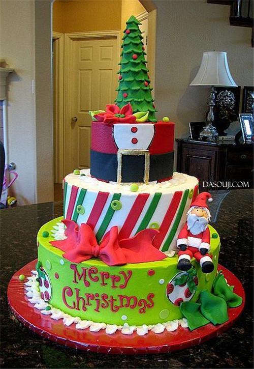 聖誕來了,漂亮的聖誕蛋糕...12-19-2014:12-19-13.jpg