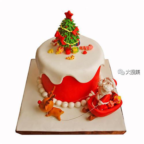 聖誕來了,漂亮的聖誕蛋糕...12-19-2014:12-19-9.jpg