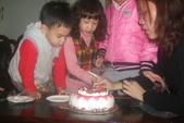 2012 3:2012 3 8五歲 (14).JPG