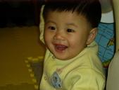 200412寶寶會爬了:1102434306.jpg