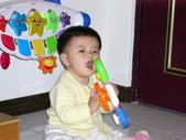 200412寶寶會爬了:1102434310.jpg