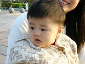 200412寶寶會爬了:1102434304.jpg