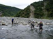 070317都飛魯溫泉:過了第一道水-就是大武山保留區