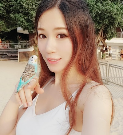 「Emilyck Chan」正妹美女圖庫10P