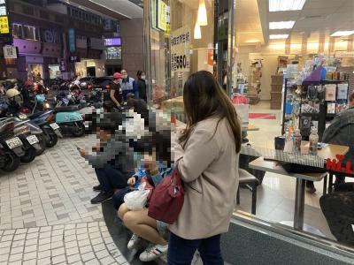 「萊潔口罩破紀錄」14分賣完3萬盒,台灣口罩破紀錄!