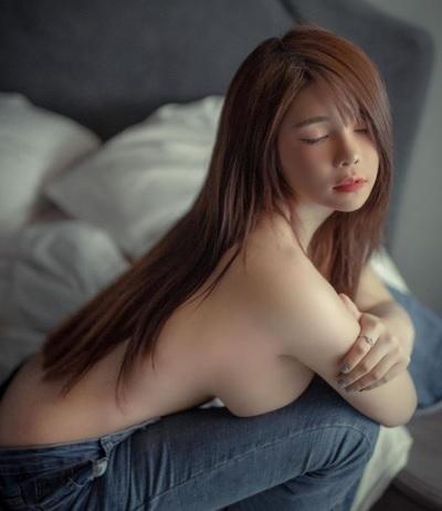 「Prik Thanchanok」正妹美女圖庫10P