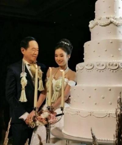 「70歲娶20歲」忘年之戀?許多人不看好這對新婚夫妻!