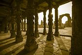 印度-第1-4天 2012-11-08:I014 古達明那塔.jpg