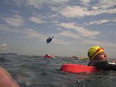 2008基隆外木山:帶著鯨魚氣球游  容易辨識 好idea