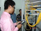 成大學生宿舍新建工程審驗實務觀摩活動:09_連接器作放大檢視並作端面清潔(祥林)