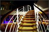(盛世公主號):郵輪走廊樓梯電梯