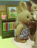 0814 娃娃屋:站著喝茶真累