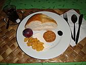 2010.09.23~2010.10.03土耳其:20100926洞穴飯店早餐 (2).JPG