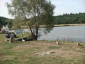 2010.09.23~2010.10.03土耳其:20100925休息站後小湖.JPG