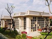 藝術花園塔位-中部寶塔墓園:藝術花園塔位