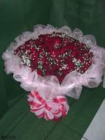 99朵紅玫瑰滿天星花束 - 情人節花束