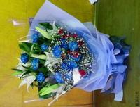香水百合藍玫瑰紅康乃馨花束設計 - 花束