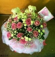 小熊紫天王玫瑰法國小白花禮設計 - 花禮設計