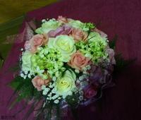 白玫瑰粉玫瑰伯利恆之星粉桔梗新娘捧花 - 新娘捧花