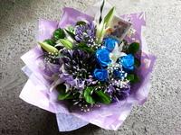 香水百合藍玫瑰愛情花茉莉花束設計 - 情人節花束