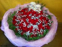99朵紅玫瑰滿天星小熊天門冬花束設計 - 情人節花束