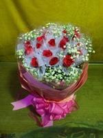 玫瑰滿天星瓦楞紙花束設計 - 情人節花束