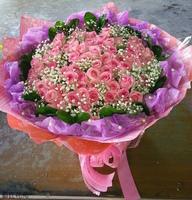 66朵紫天王玫瑰滿天星苿莉花束設計 - 情人節花束