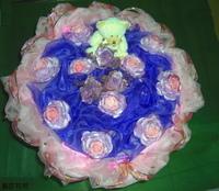 粉玫瑰精油手工皂小熊人造玫花束 - 手工玫瑰精油皂
